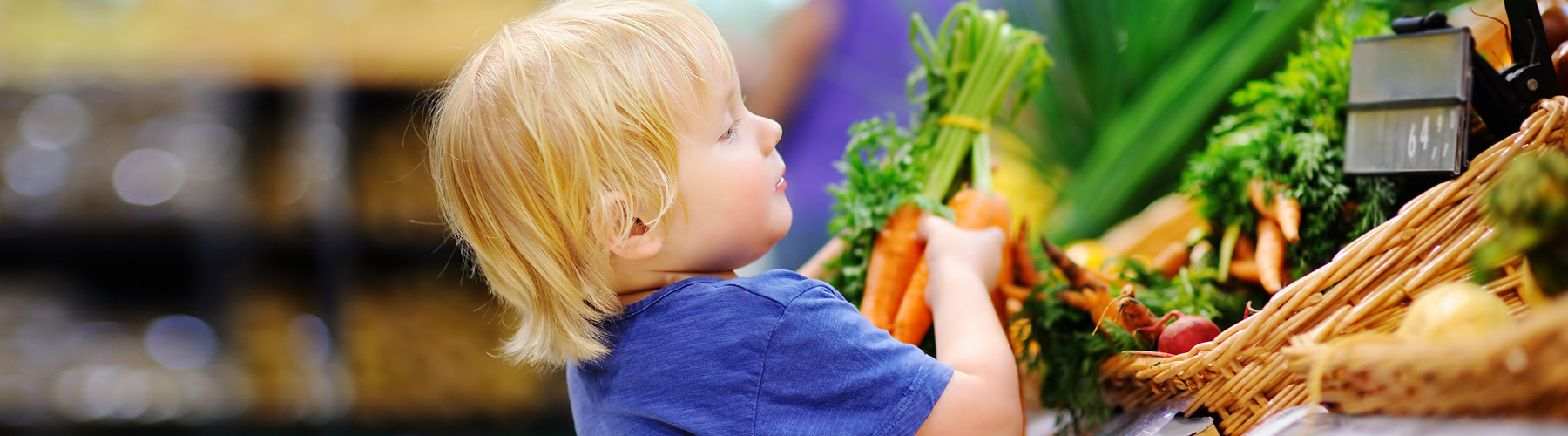 child picking healthy foods