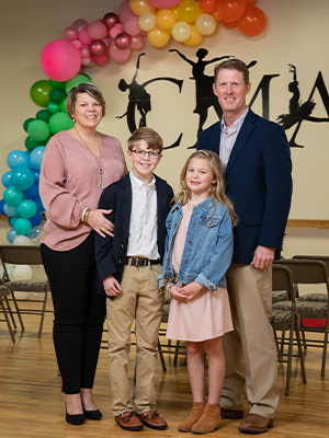 The Cumberland family includes parents Tara and Jason and their children, Davis and Sybil.